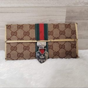 Handbags - 🚨 3/$30 Gucci Wallet 🚨